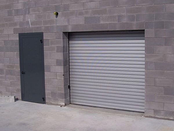 Serrande-elettriche-per-garage-carpi