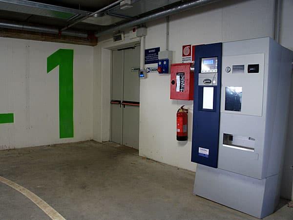 Vendita-cassa-automatica-per-parcheggi-reggio-emilia